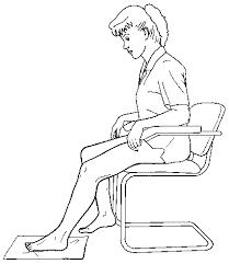 خم کردن زانو در حالت نشسته روی صندلی